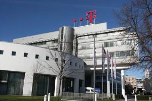 Telekom-Zentrale-bei-Tag_CMYK