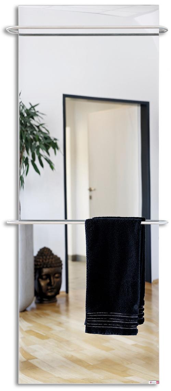 PRAKTISCH. Die Spiegeloberfläche des Handtuchhalters beschlägt nicht.