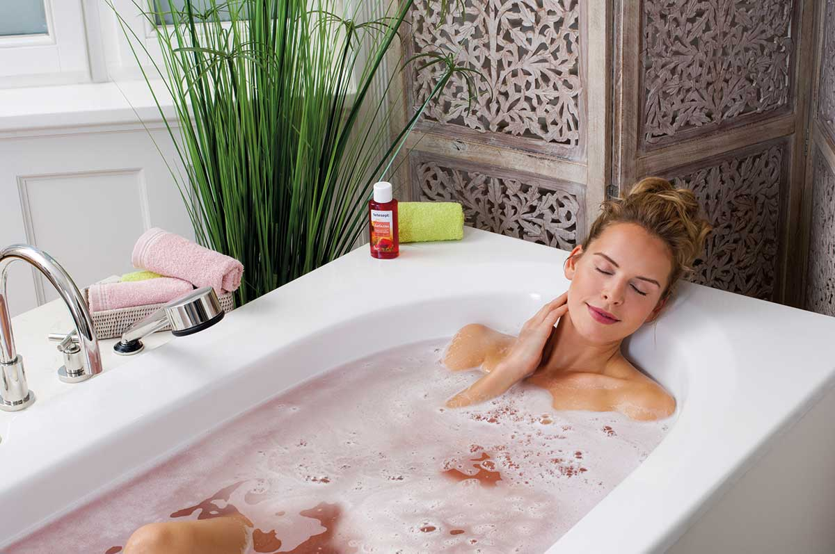 tetesept. Entspannendes Bad mit rotem Mohn und Kornblume, ab 5,49 Euro (125 ml)