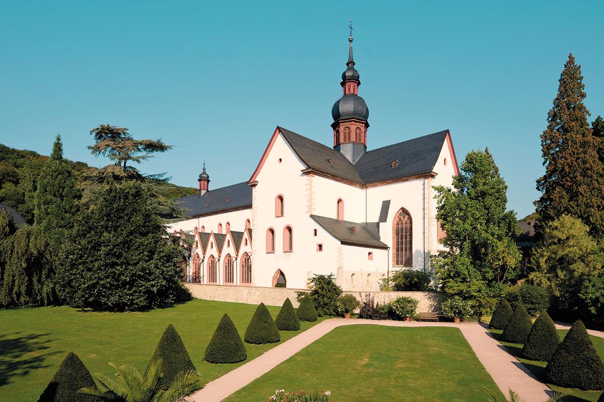 Kloster Eerbach. Die Basilika: großartiges Monument zisterziensischer Baukunst