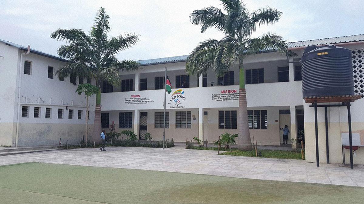 Tumaini Waisenhaus. Sie wird ebenfalls vom Förderverein unterstützt.