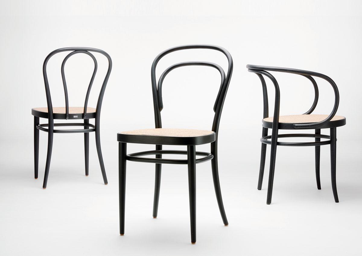 thonet nr 14 214 ein stuhl geht um die welt rheinexklusiv. Black Bedroom Furniture Sets. Home Design Ideas