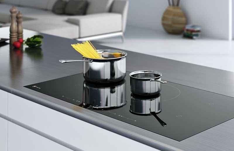 Kochfeld mit OptiGlass: besonders robust dank einer harten Beschichtung.