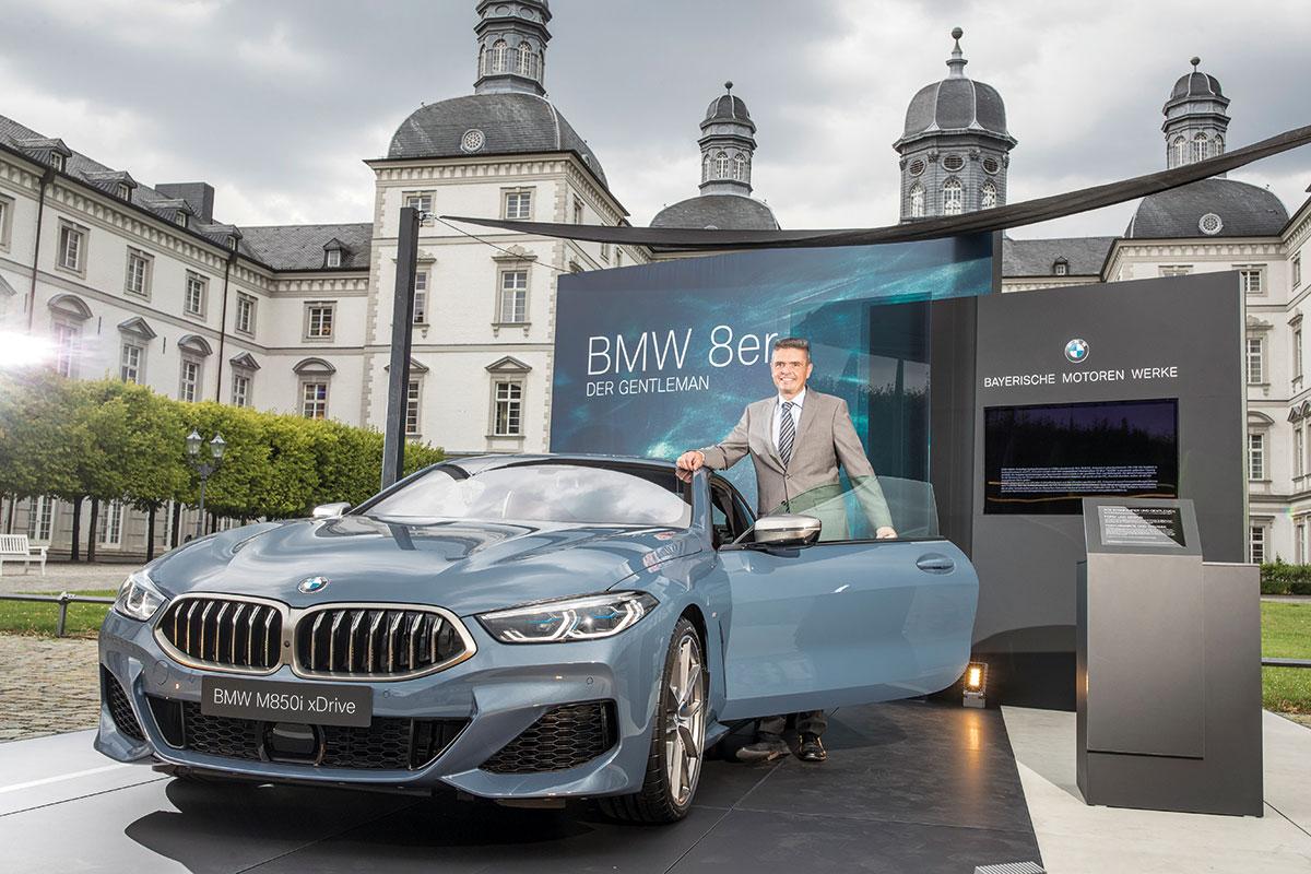 Der neue 8er BMW ist elegant, dynamisch und sehr modern.