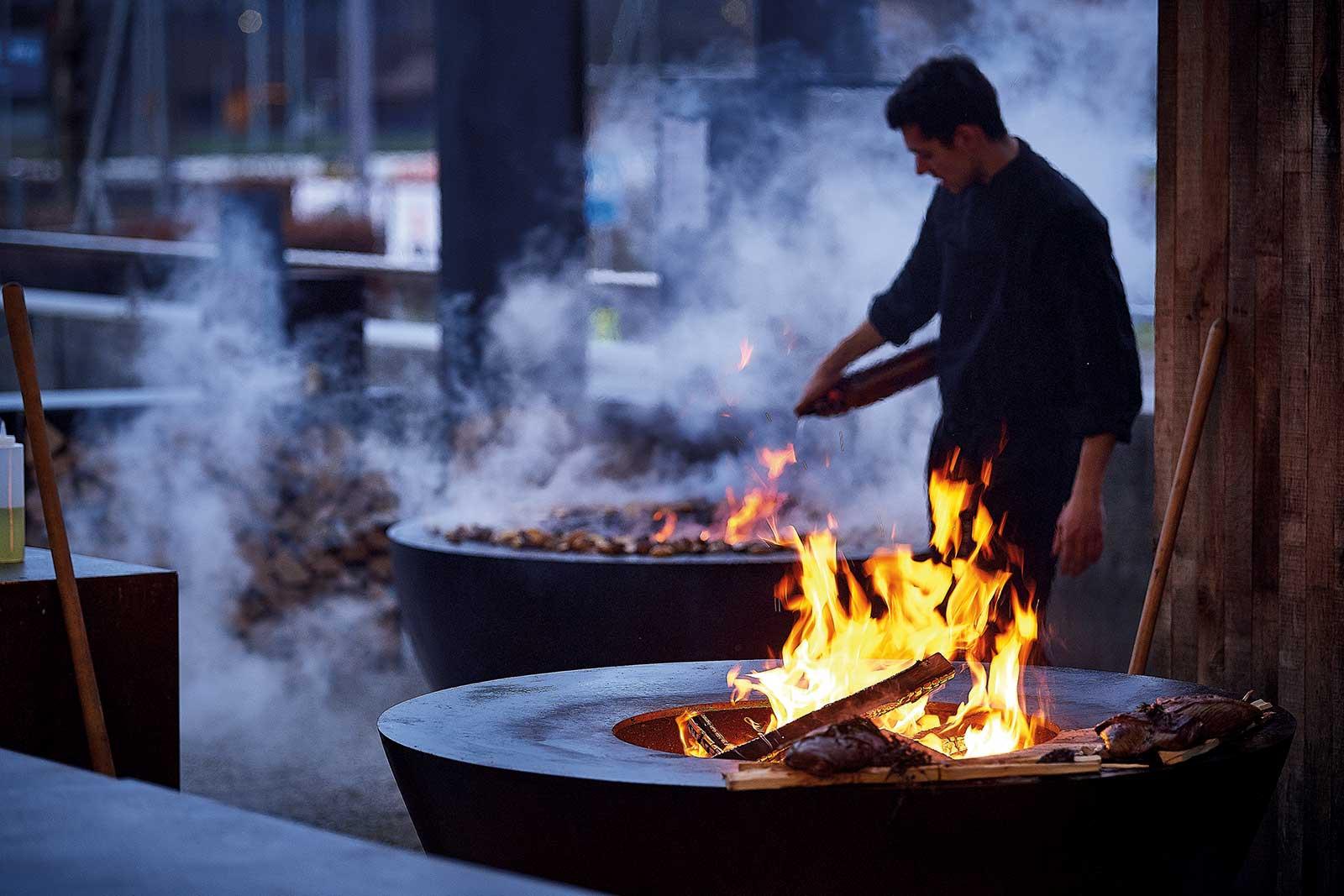 Feuerstellen im Outdoor-Bereich – ein Treffpunkt für ...