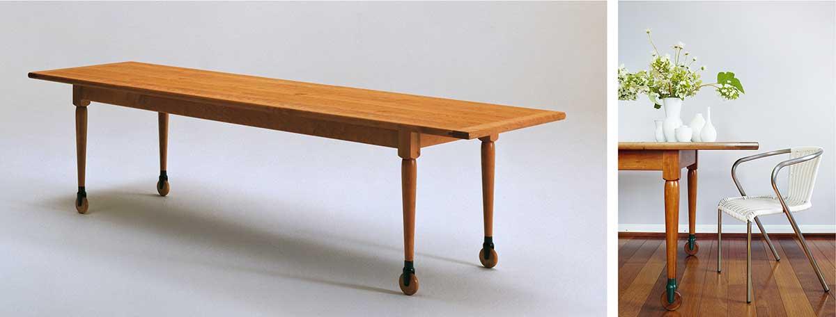 SHAKER-TISCH MIT ROLLEN Um auch große Möbel möglichst mobil zu halten, versahen die Shaker den Tisch mit Rollen. Die Rollen sind starr angebracht und nur in eine Richtung zu bewegen. habit.de