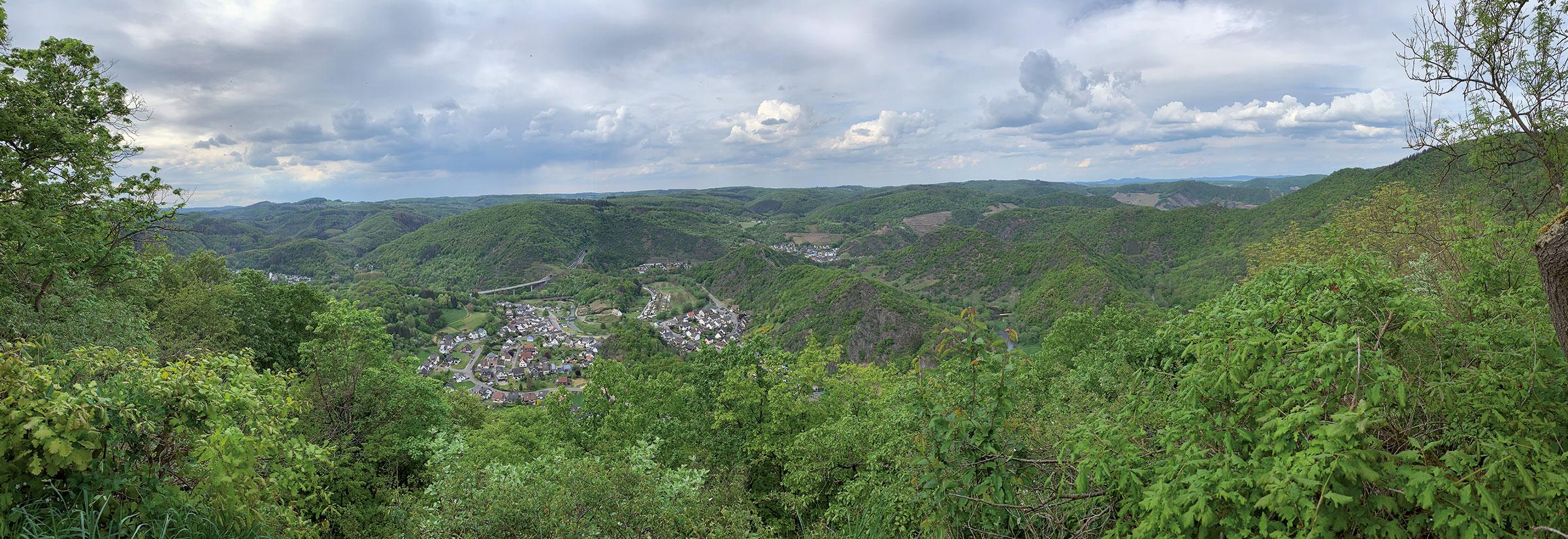 wandern Panoramablick auf Altenburg
