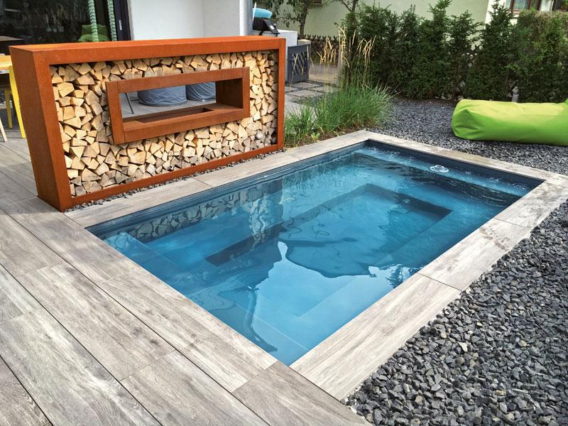 C-Side-Minipool Der C-Side-Minipool verwandelt mit wenig Aufwand die private Terrasse in einen Lebensraum am Wasser. rivierapool.de