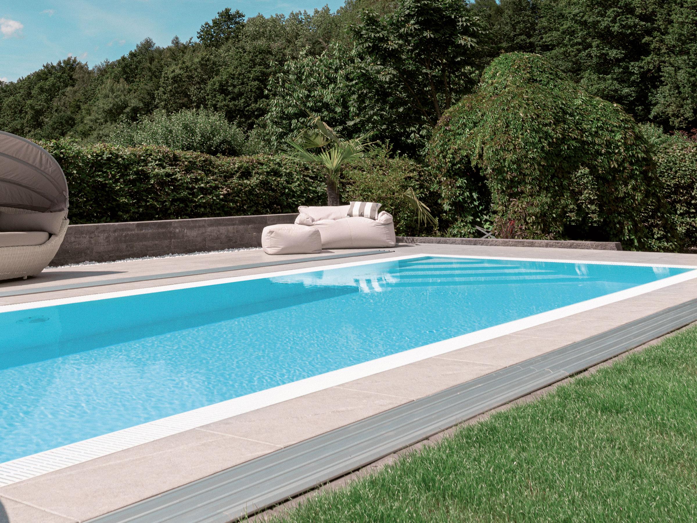 Pool Komplettset Infinity® Bay mit Überlauf-Schwimmbecken